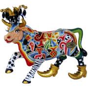 Toms Drag Cow Figures