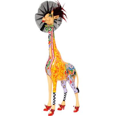 Toms Drag Giraffe Figures