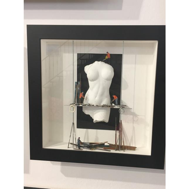 La Ruée Vers Plastic surgery-back-34