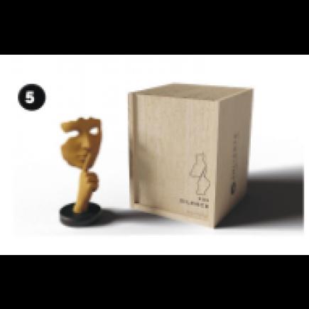 Juliani Collection MO XXS Silence Gold Crest Figure-20